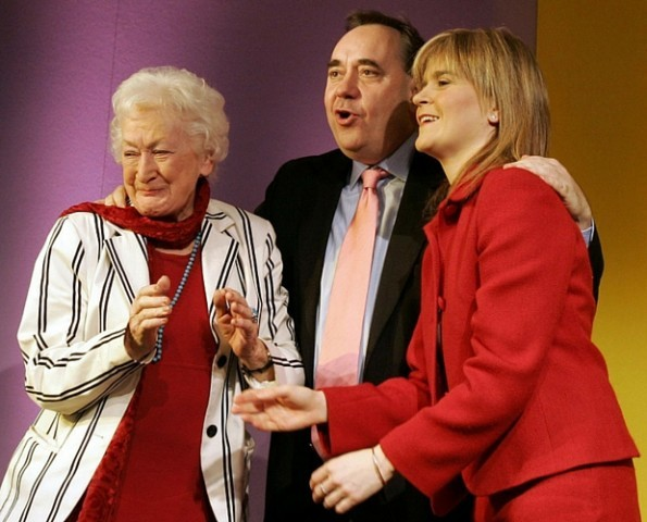 Winnie Ewing with Nicola Sturgeon and Alex Salmond (PA Archive)